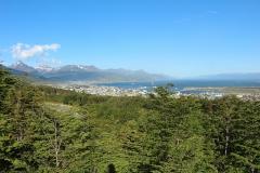 Uitzicht over Ushuaia en het Beagle Kanaal tijdens onze wandeling naar Martial Gletsjer