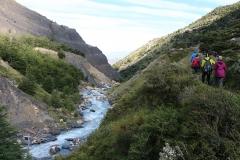 Op de weg terug van een inspannende hike naar Mirador Base Las Torres
